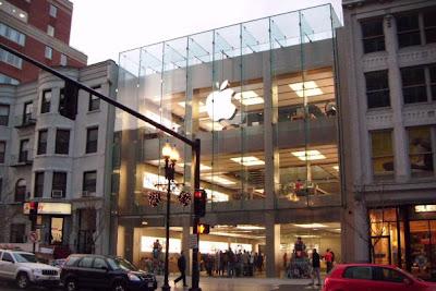 Apple iPhone Xs - Boston, MA at Sprint 422 Boylston St