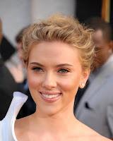 American Singer Scarlett Johansson