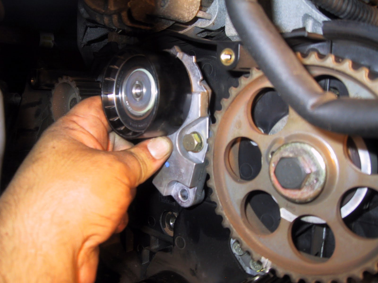 how to change thermostat on 2011 chevy aveo
