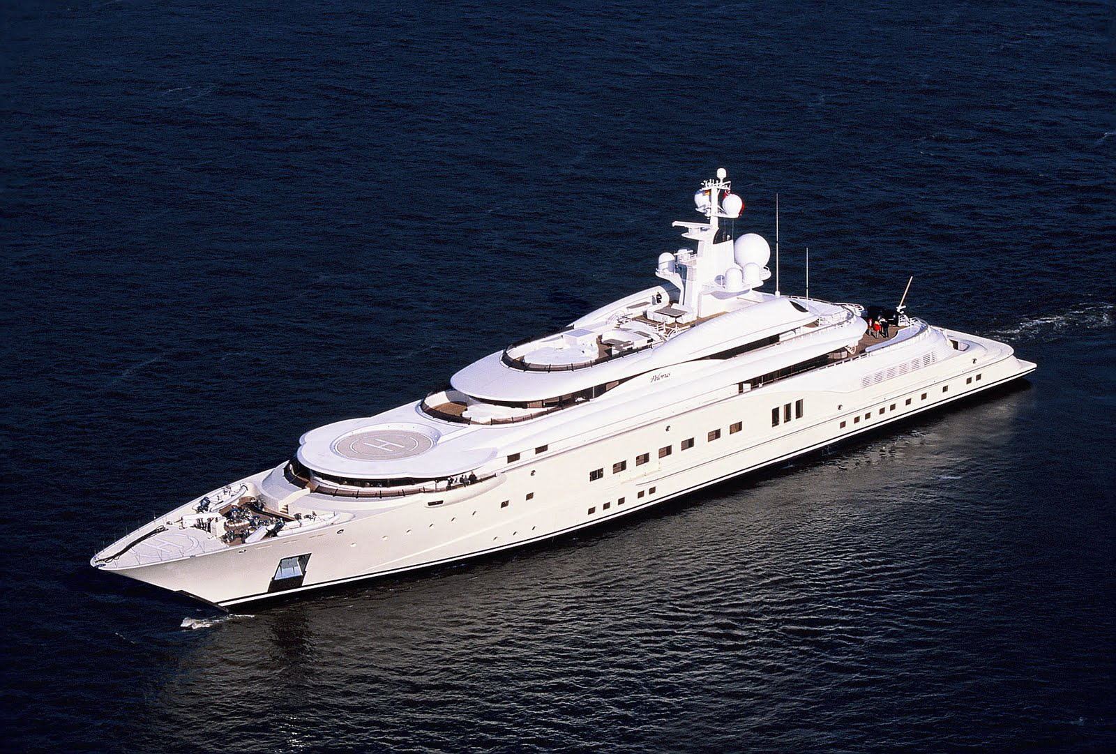 most expensive yachts pictures  world largest yachts owned billionaires