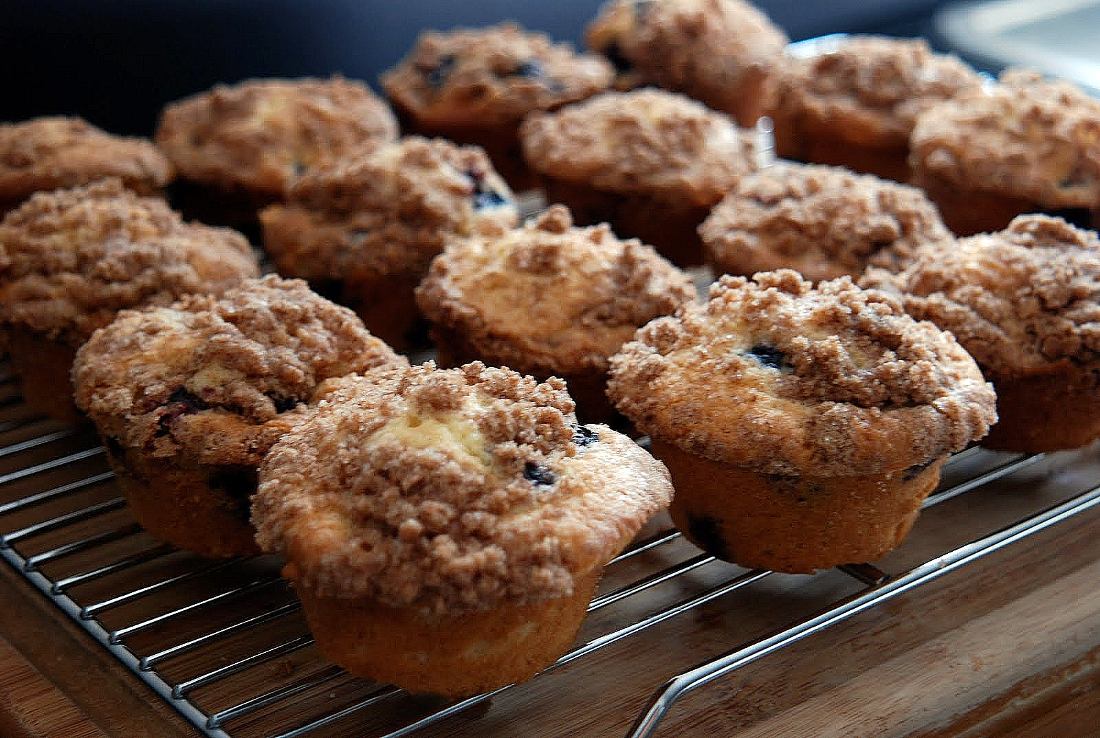 Double Blueberry Crumb Muffin - Katie's Cucina