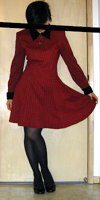 red and black houndstooth dress