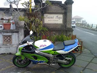 Bali MOGE  Kawasaki zx7