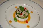 INSALATA DI RISO LONG AND WILD  ai legumi primaverili, su scodella di tomino e crema carote/zenzero