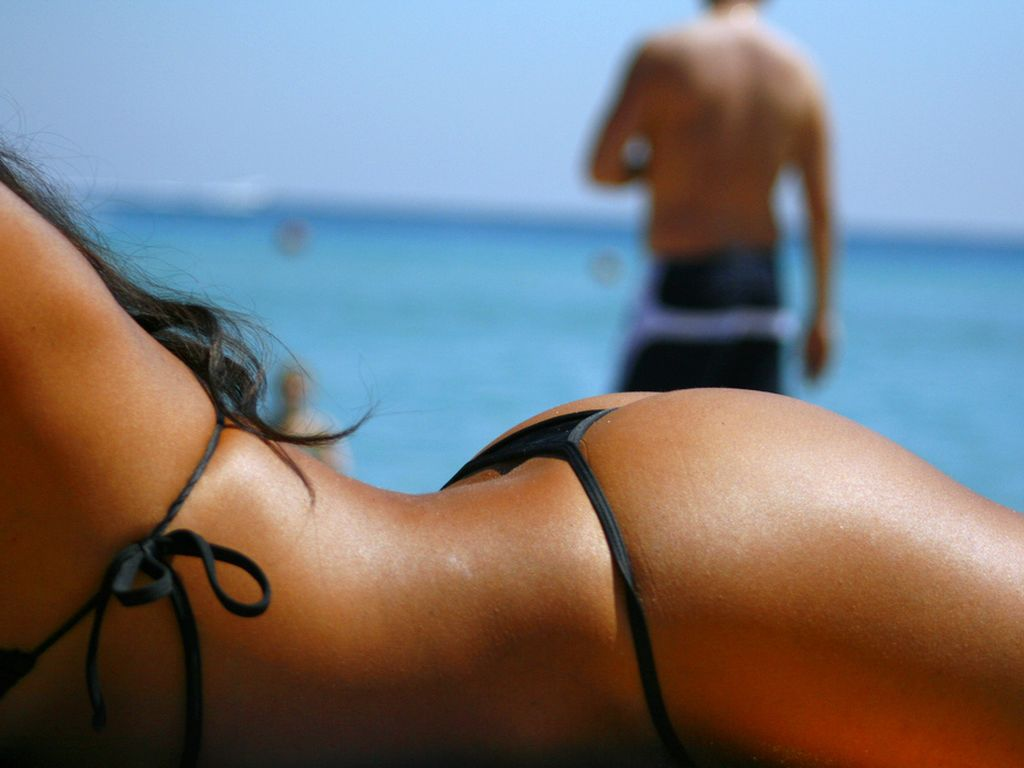 [Sexy+Wallpapers+Hot+Bikini+Girl.jpg]