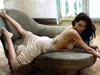 Angelina Jolie Sexy Background