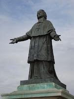 statut Monseigneur De Belsunce Marseille