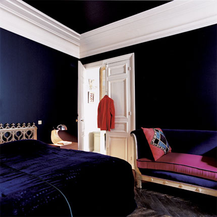 automatism baroque beauty. Black Bedroom Furniture Sets. Home Design Ideas