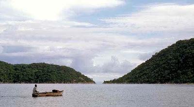 10 Danau Terbesar Di Dunia
