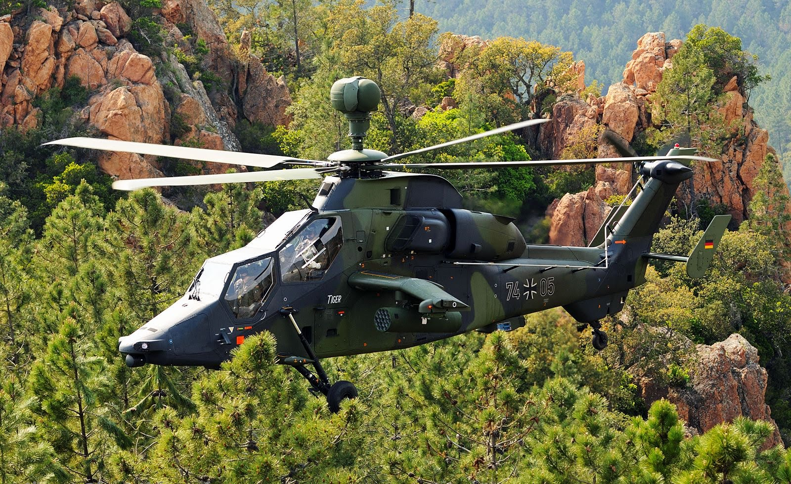 tiger armed reconnaissance helicopter with Military Helicopters on I M Looking Forward Meeting S Beautiful Prince Harry Gushes New Niece Thanks Australians Gracious Hosts Bundle Gifts Home Baby Charlotte also File Australian Army ARH Tiger nose detail moreover Some More Great Photos Of Australian further Army Special Forces Missions And History as well Fsx Afs Design Eurocopter Ec 505 Tiger 973 The Dawg.
