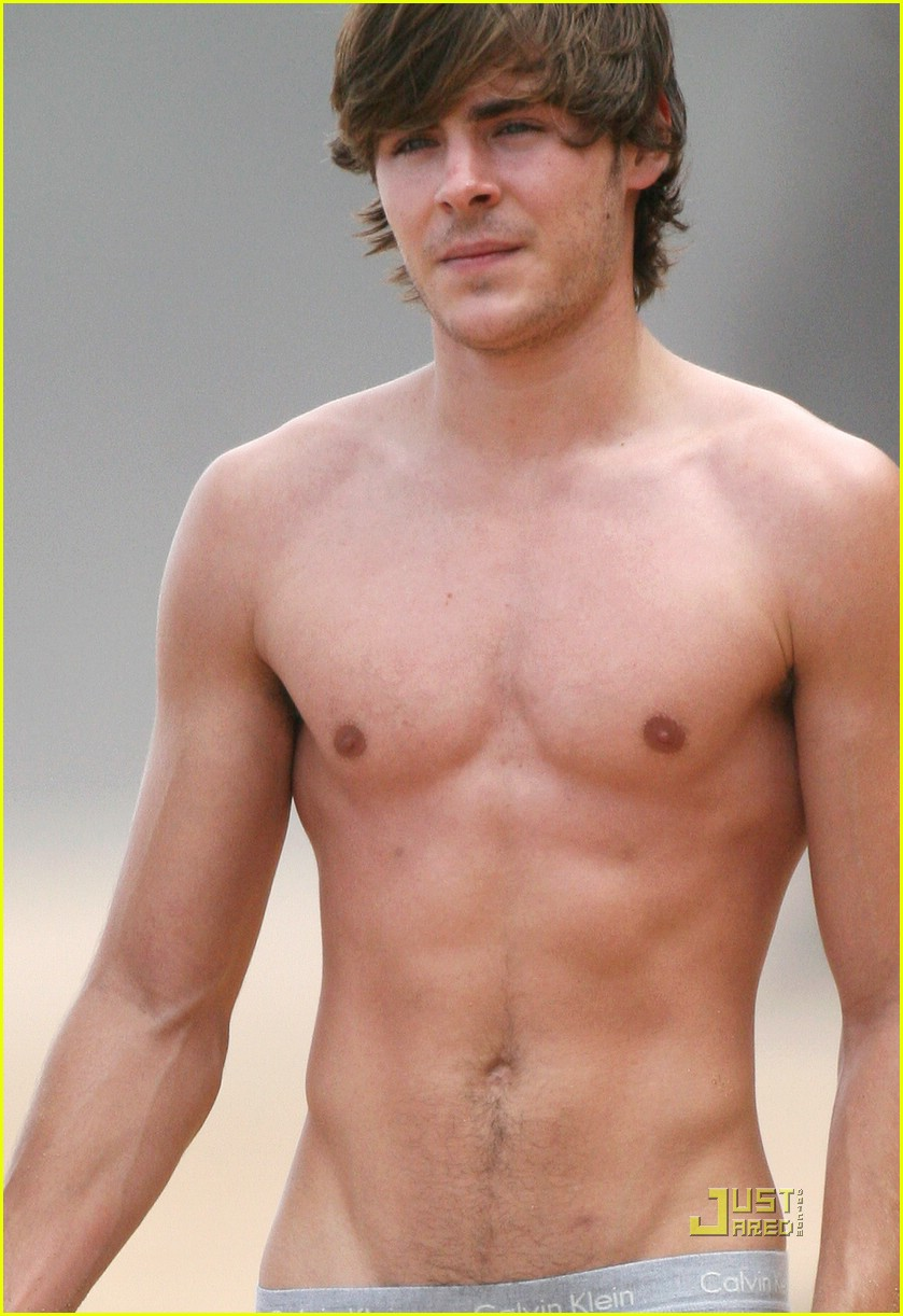 Gay News from London: Sexy Abs- Zac Efron