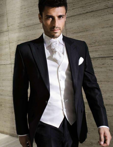El desv n de noelle compras pre boda for Trajes de novio blanco para boda