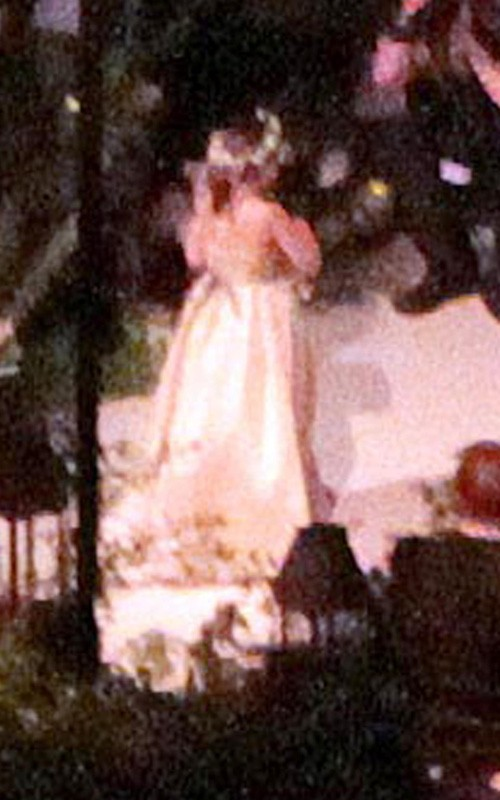 hilary duff wedding pics. Hilary Duff Wedding Pictures