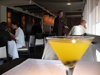 Bong Su Mekong Martini
