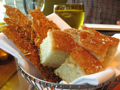 Breads at Quattro