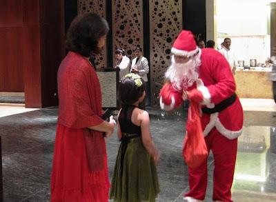 Santa at La Terrazza Pune