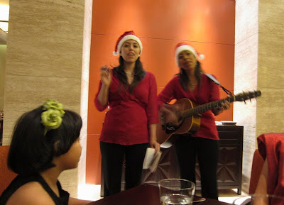 Xmas carols at La Terrazza Pune