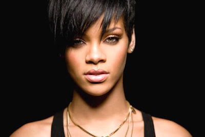 rihanna take a bow hairstyle.