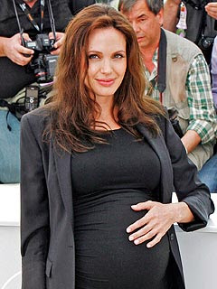 Angelina Jolie Birth Rumors Not True 01
