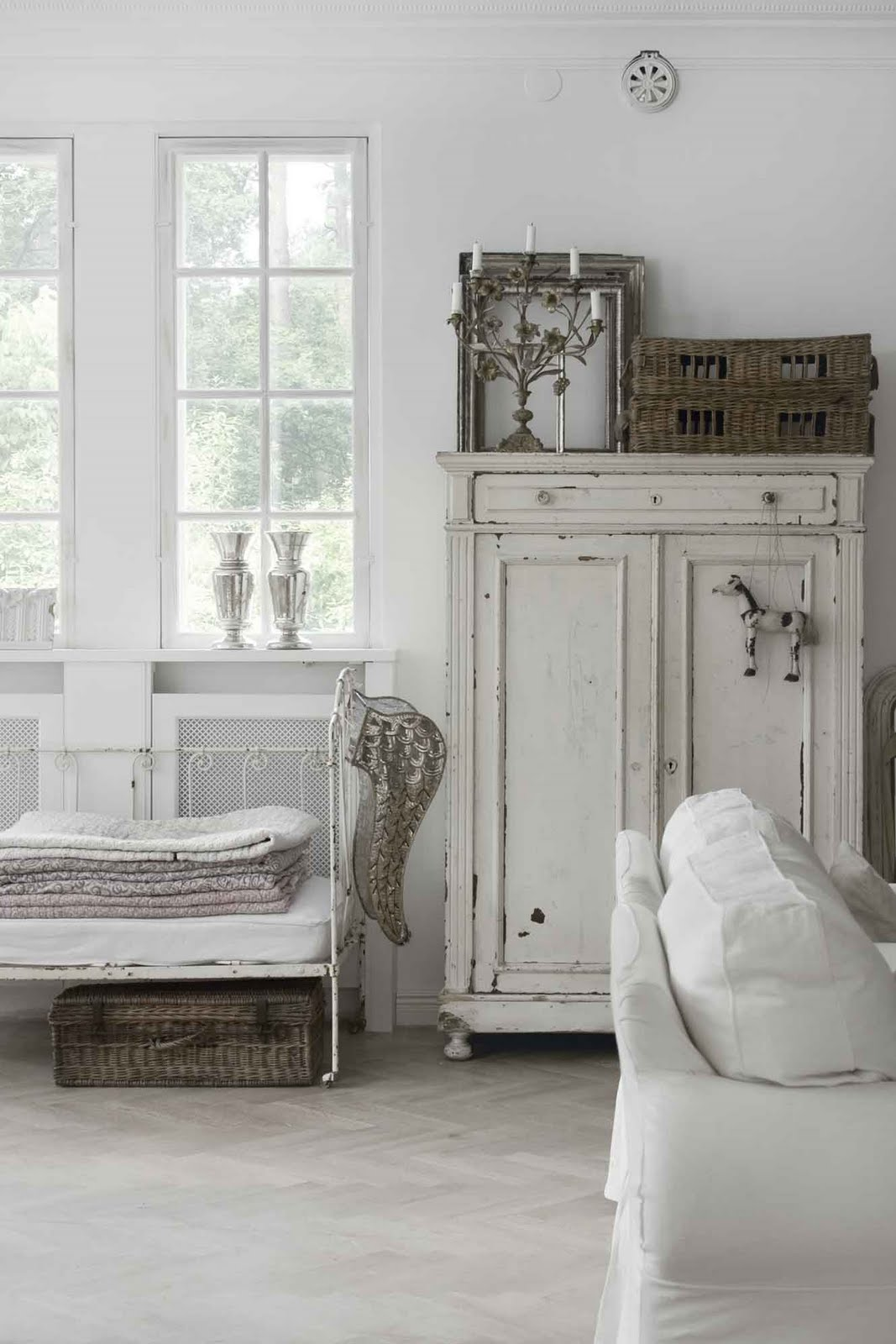 A bonnie life in the country jeanne d 39 arc living and isla Shabby chic style interieur