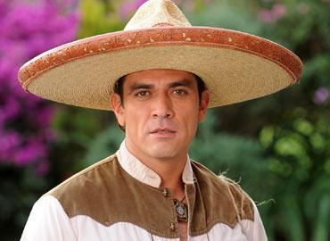 """Jorge Salinas operará """"A Corazón Abierto"""""""