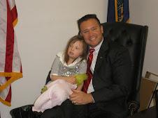 Chloe Meets Senator Pippy