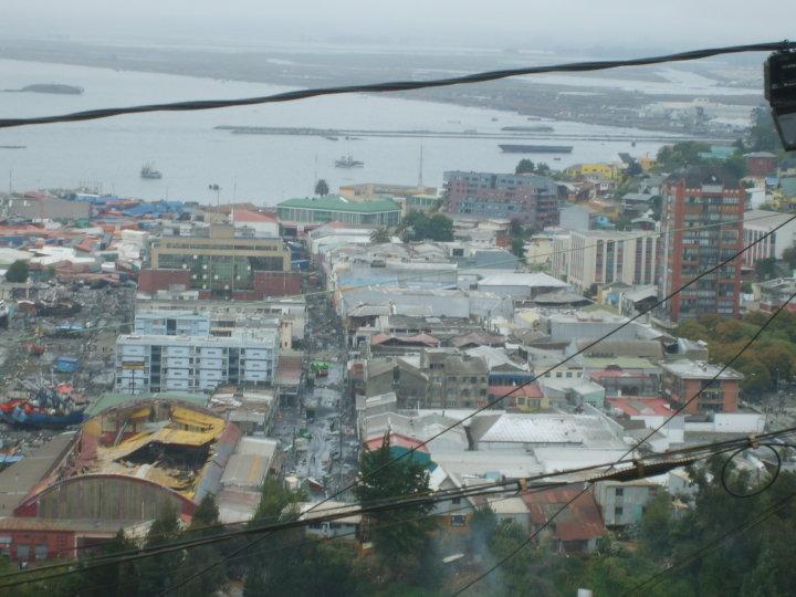 Poes a para la reconstrucci n fotograf as de talcahuano y for Oficina 0049 banco santander