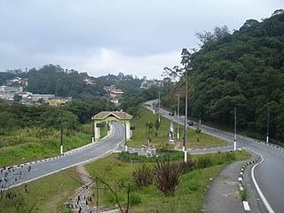 Vista linda de entrada de Ribeirão Pires vindo de Santos ou saindo pra Santos ....