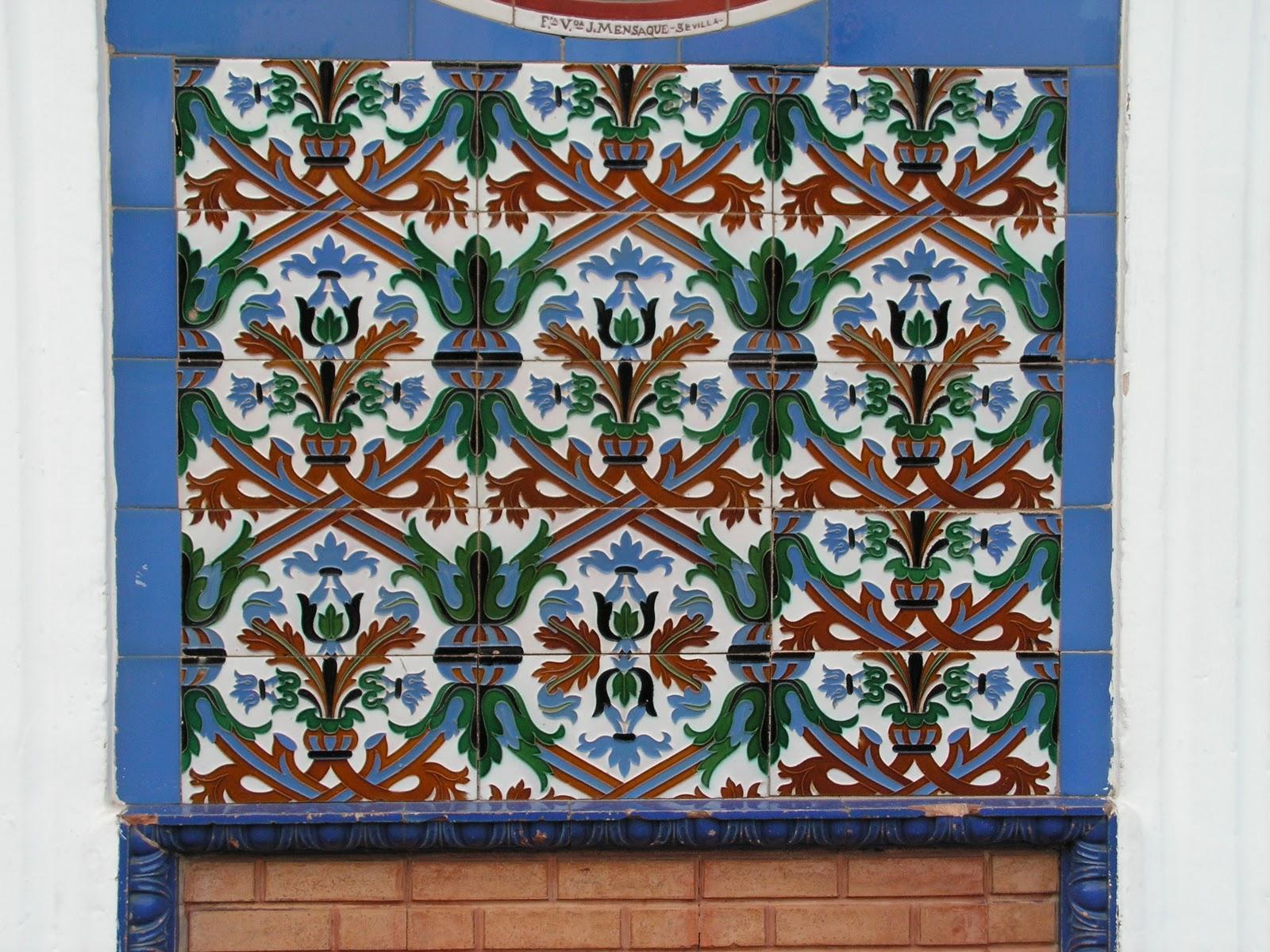 Wunderkammer publicidad en azulejo la fuente real for Azulejos decorativos