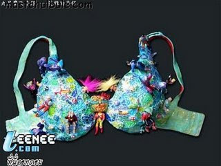 Strange Bras @ strange world