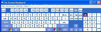 keyboard atas screen komputer