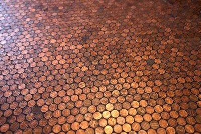 lantai dari uang