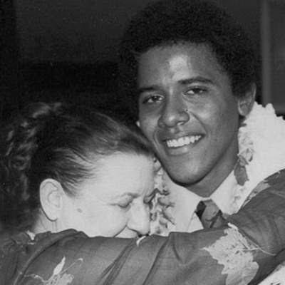 Barack Obama i 1979, med sin bedstemor