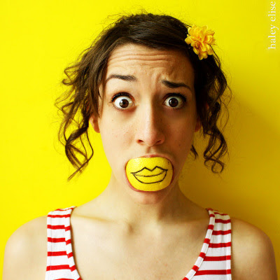 Citron smil som 'hold kæft!'