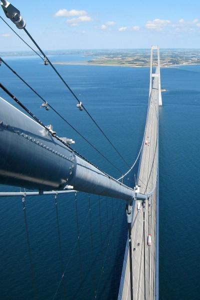 Storebæltsbroen, udsigt fra en pylon