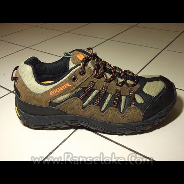 KoLeksi Sepatu Gunung: Sepatu Eiger VIB CAL 2.0