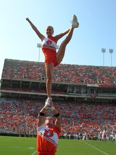 Washington State University Cheerleaders