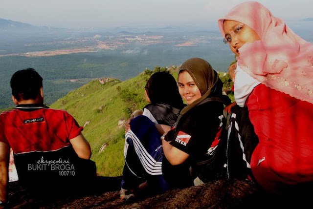 Mendaki Broga Hills Di Pagi Sabtu 10th July 2010 Journey Of Life
