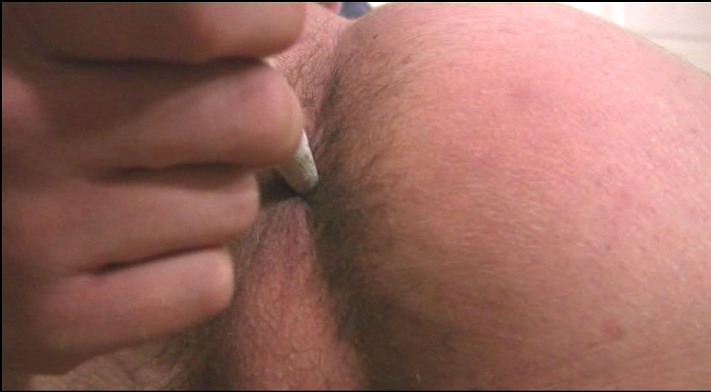 carmen electra nipple suck