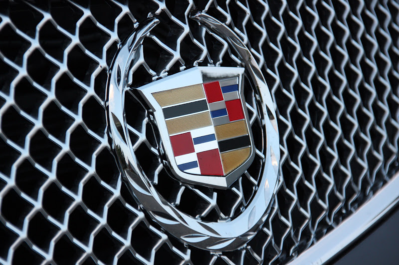 2011 Cadillac CTS-V Coupe review  wallapaper