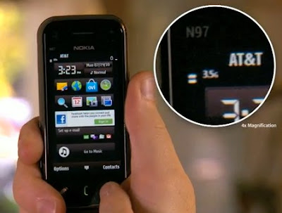 Apple Shows Nokia N97 Mini Loses Signal if  Holded it in Awkward Way