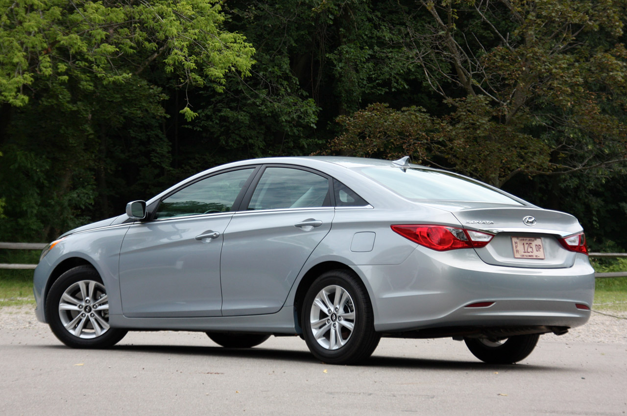 2011 hyundai sonata preview car and style. Black Bedroom Furniture Sets. Home Design Ideas