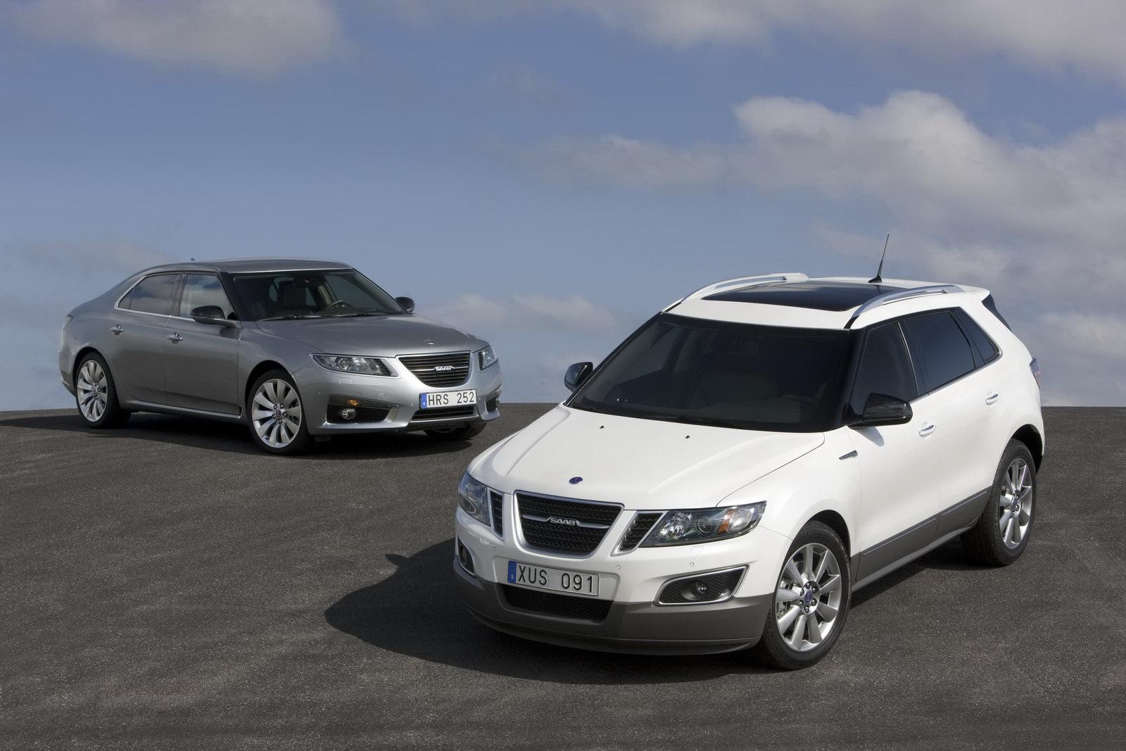 New Chrysler 200 Convertible And Hyundai Elantra In La