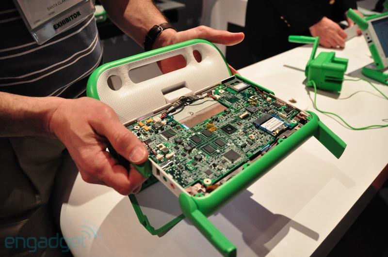 Marvell-powered OLPC XO 1.75 Hands On