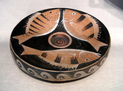 Ceramic bowl with painted fish, Green, Chicago Art Institute