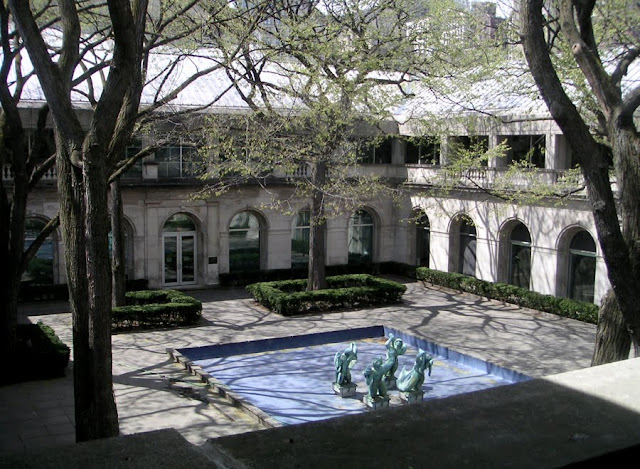 Courtyard, Art Institute of Chicago