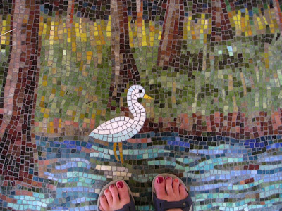 Bird mosaic with human toes, Dallas-Fort Worth, Texas