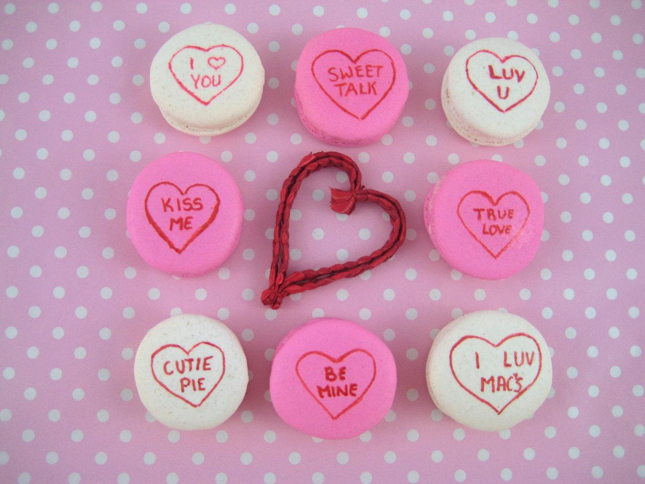 http://1.bp.blogspot.com/_DapjjltUZPo/TVJq7uU3X0I/AAAAAAAABqg/RtM6aiW3wM0/s1600/valentine%2Bmacarons%2Bconversation%2Bhearts%2Bbubble%2Band%2Bsweet.jpg