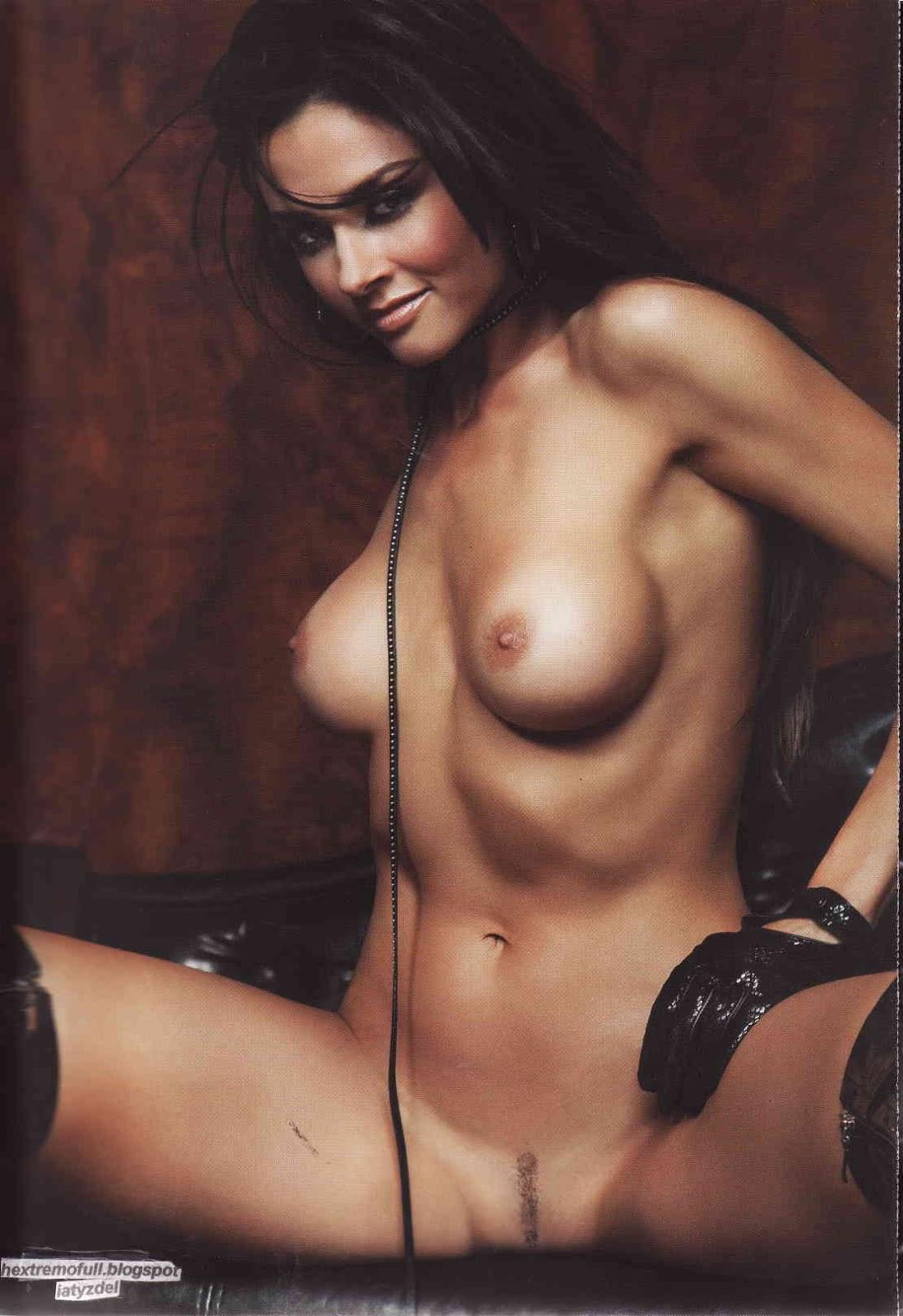 Extremo desnuda h dorismar