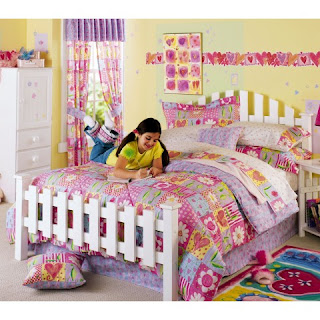 The Most Charming Bed Youll Ever Rest Your Eyes On Is Reminiscent Of A Classic Picket Fence Sturdy Headboard 45 1 3H And Footboard 24H Steel